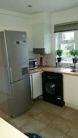ALL BILLS PLUS COUNCIL TAX INCLUDED- Large, bright and clean ground floor 2 bedroom garden flat
