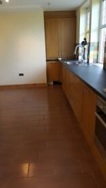 1 bedroom large modern flat with 4 car parking spaces.