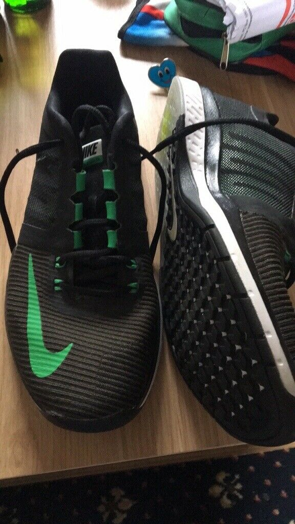 02ab2307b628 For sale like new Nike zoom speed trainers size 8