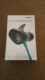 Brand new Bose soundsport wireless earphones