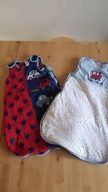 2 baby sleeping bags
