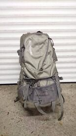 Macpac Vamoose Size 2 Child Carrier - Excellent Condition