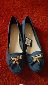 Primark size 6 flat shoes
