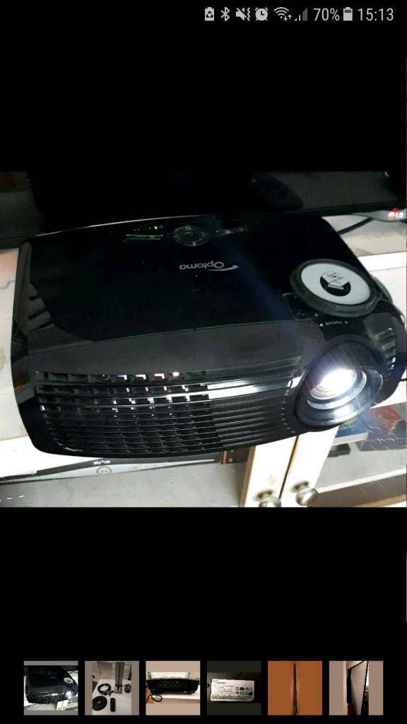 Optima EX540i Projector, Screen and ceiling fittings