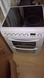freestanding Hotpoint electric cooker