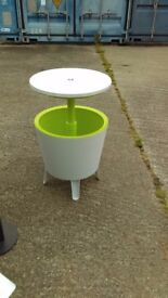 Plastic Outdoor Ice Cooler Table