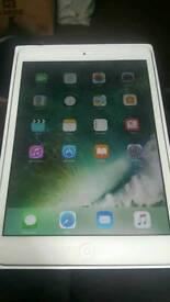 Silver IPAD MINI 2 2nd gen 32gb wifi and cellular EE