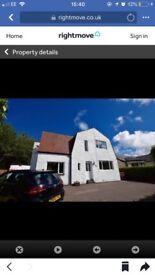 3 Bedroom Detached House To Rent