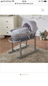 Clair de lune Moses basket with grey stand and matress