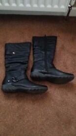 Ladies Flat Black Boots - Size 7