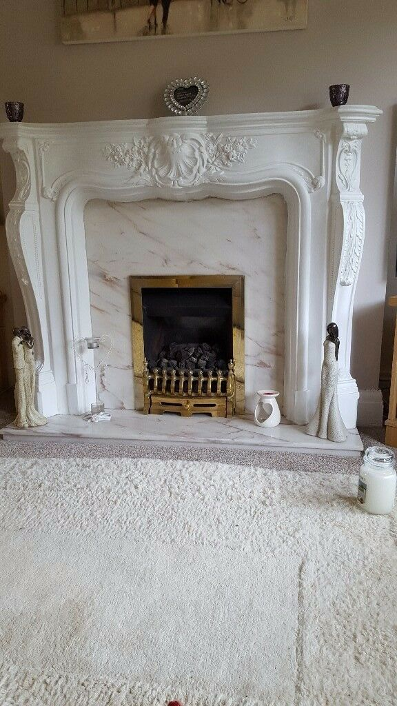 Louis fireplace with marble surround
