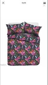 Floral Double Duvet Covers - JOB LOT/WHOLESALER