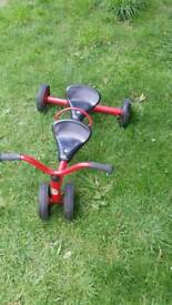 Whither tandem bike for toddlers