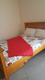 ROOMS AVAILABLE NOW NEAR TOWN CENTRE NEWLY REFURBISHED HOUSE AS SHOWN ON THE PICTURES, CLEAN, QUITE