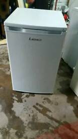 LEC WHITE SLIM UNDER CANTER FRIDGE FREEZER