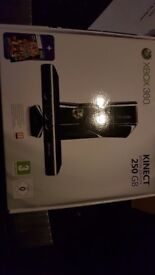 Boxed xbox 360 console 250gb with Kinect, 2 controllers and games