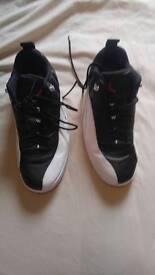 Jordans 12 retro low