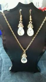 Diamond water droplet jewellery set