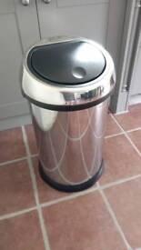 Brabantia kitchen bin