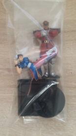 Rare Street Fighter 2 Chun-Li figurine and Bandai Vega M.Bison
