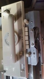 Brother KH940 kNITTING Machine and Ribber
