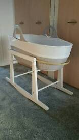 Moba moses basket and rocking stand