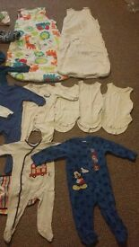 Baby clothes 6-9