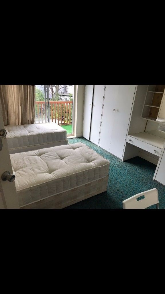 ** Twin/Double room 3 mins from Willesden Green**