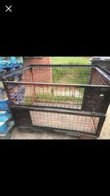 Metal storage crate