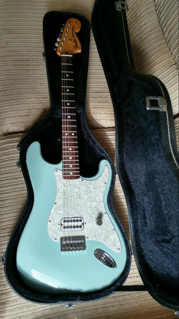 fender tom delonge stratocaster daphne blue blink 182 rare guitar in bootle merseyside gumtree. Black Bedroom Furniture Sets. Home Design Ideas