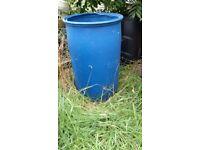 Water butt, rubbish bin