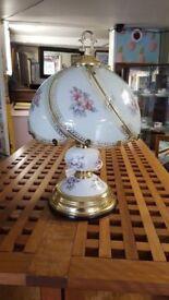Quaint Vintage Table Lamp