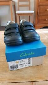 Clarks boys shoes size 9.5f