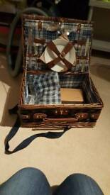 Picnic box for2 brand new