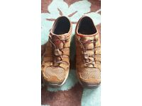 MERRELL TRAINER HYBRID WALKING SHOES EXCELLENT HARDLY WORN CONDITION SIZE 10, £8