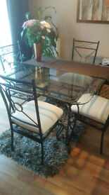 Glass / Metal - dining table w. 4 chairs + small coffee table and lounge table. All is a one set