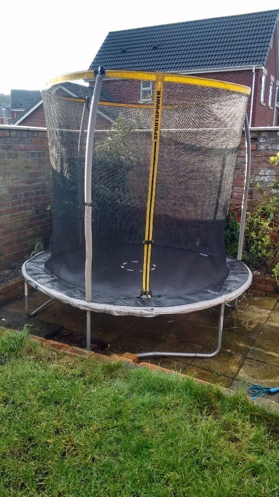 8ft Sportspower Trampoline With Enclosure In Rowlands Gill Tyne
