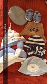 Baby hats and gloves
