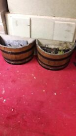 Garden tubs, 2 half garden tubs for mounting on a wall, comes with wall brackets