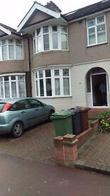 4 BED HOUSE WITH 2 RECEPTIONS IN STRATTON DRIVE, BARKING IG11 9HD £2000PCM PART DSS WELCOME