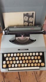 Typewriter by Imperial