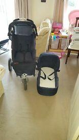 3 wheeler pram/pushchair