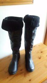 Carlton London - knee boots -Black size 8 .Bargain price.