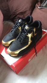 Nike Air Max, UK Size 6 (Worn once)
