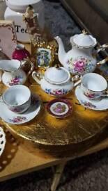5 piece Miniature tea set -regal
