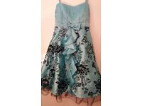 I am selling my dress i have only worn it once