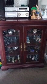 dark wood display cabinet x 2 fifty pounds each or £90 for the pair.☺☺☺☺