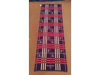 100% Authentic Burberry London Scarf Shawl Red White Blue 75 x 25'' BNWT