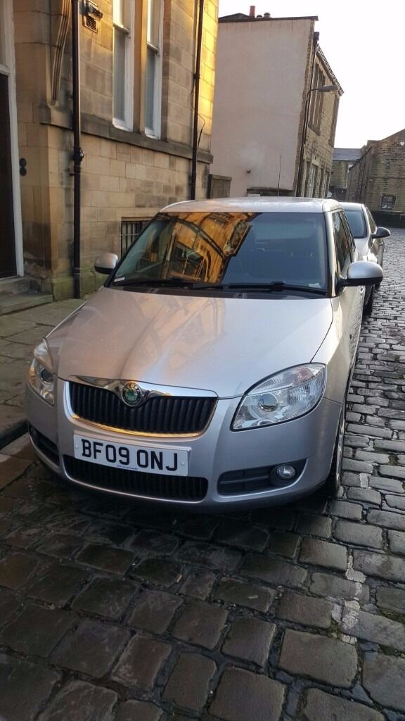 2009 skoda fabia 1.4 tdi pd3,1 year mot 2 keys , full service