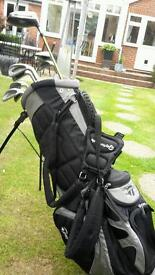 Full set of clubs FOR SALE includes Ping,Titleist,and Taylormade